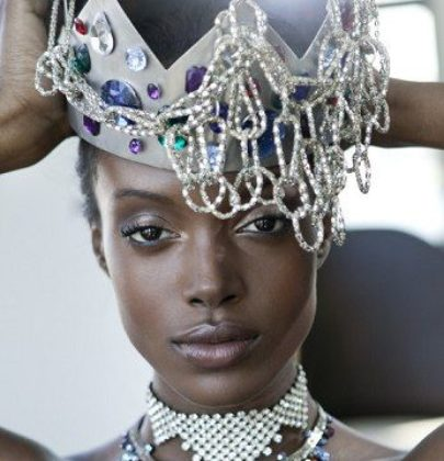 WEARING YOUR CROWN AS A WOMAN