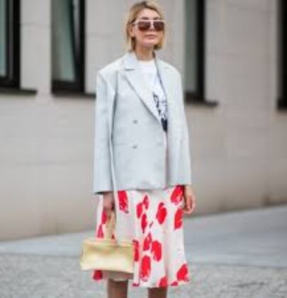 Tips on what to wear for your virtual meetings